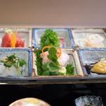 京懐石 吉泉 - 向附 鯛・鳥貝・帆立・ノドグロ炙り・奄美のマグロ・五島列島あおりいか
