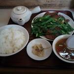 49069910 - レバニラ定食1,100円税込
