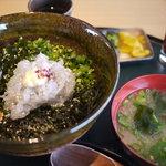 則種 - 生シラス丼