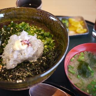則種 - 料理写真:生シラス丼