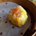 鴻星海鮮酒家 - 蟹の卵のせシュウマイ