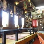 肉の宝屋 - 店内 小上り座敷