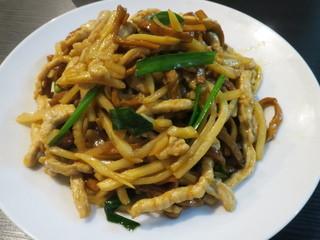 台北101 - 台湾産五香干し豆腐と豚肉炒め