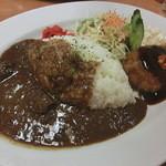 アントニオ - 料理写真:牛すじカレー+ハンバーグ