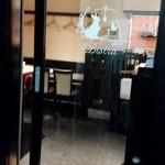 欧風料理屋ビストラ - 我々のテーブル