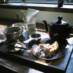 drop - ケーキセット(紅茶で)
