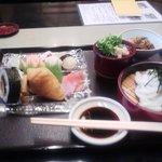 糸源 - 寿司ランチです。