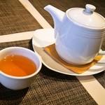 施家菜 - 最後は中国茶