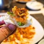 施家菜 - マングローブ蟹 シンガポール風チリソース炒め(蒸しパンに乗せて食べる)