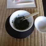 玉露の里 瓢月亭 - 茶っぱをポン酢で頂くヤツ。 (2013.2)