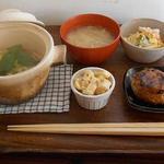49113399 - ランチセット:中華風炊き込みたけのこごはん+たけのこ姫皮のお味噌汁+たけのこ木の芽和え お米でつないだ豆腐ハンバーグ ズワイガニのパスタサラダ