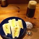 Drip-X-Cafe - ふんわりタマゴサンド、アイスブリュードコーヒー