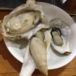 カキ小屋フィーバー - 焼き牡蠣