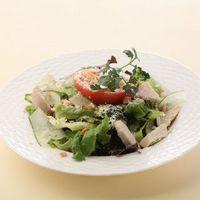パセレッティ - 蒸し鶏のシーザーサラダ H850円/L1,200円