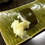 伏見 - サービスの鯖寿司