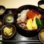 49124045 - 海鮮丼 1,290円