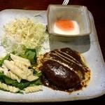 香豊堂 - ハンバーグ定食♪ ん~ ちょっと寂しい印象(;´∀`)