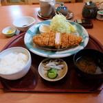 千のじ 五福 - 料理写真:上ロースかつ定食(税込み1700円)