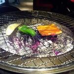 49131362 - 火力も申し分なく、野菜もよく焼けます。