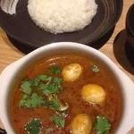 ワ カフェ エイム - アサリとマッシュルームのカレー