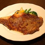 ビストロカタオカ - 国産牛リブロース ステーキ 自家製オニオンソース