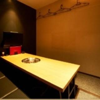 テレビ付き完全個室でプライベートな空間☆