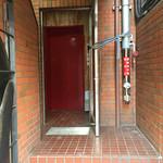 49137435 - スケロクダイナー裏のエレベーターで3階へ。