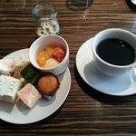 AWkitchen TOKYO - デザートビュッフェとコーヒー