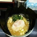 豚醤ラーメン・玉家 - 料理写真:ラーメン650円麺硬め。海苔増し100円。