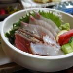 うえき - 1603_うえき_天刺定食@1,080円(刺身盛合せ_黒鯛、まぐろ、たい、鰹)