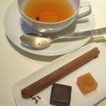 Café Un Deux Trois - 料理写真:チョコレート三種。