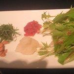 4915592 - 蒸し鶏の和風スープカレーの薬味