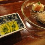 古拙 - 蕎麦粉のおやき チーズ豆腐に生ハム