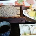 juuwarisobajirou - 天ぷら付きキタワセそば 1400円