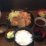 串エ門 - 唐揚げ定食880円