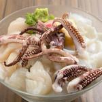 ウルトラ軟体類海鮮丼