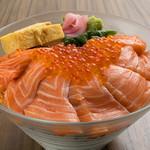 キングファミリー海鮮丼