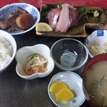 Sekinoteikatsumaru - 定番の刺身定食(1200円)
