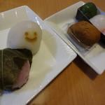 菓匠禄兵衛 - 桜餅、北海道ミルク大福、あんわらび餅、三食だんご