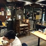 渋谷東急本店前のひもの屋 - ひもの屋 渋谷東急本店前店 地下にある店内