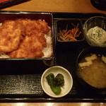 魚と創作料理 だん - 鶏のたれカツ重 830円