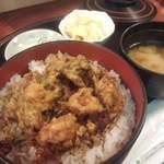 大金 - 料理写真:以前のランチ「かき揚げ丼」― 天ぷらの修行をしてきたご主人が腕を振るう当店。かき揚げ丼を、うまし!