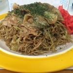49179814 - 肉入り焼きそば(特盛)【料理】