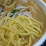 味噌麺処 花道 - 黄色い極太麺