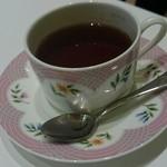 幸せのパンケーキ - セットの紅茶