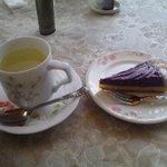 モンテローザ - リフレッシュティーと紅芋タルト