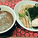 つるかめ - 【魚介醤油つけめん 小盛(味玉付)】¥770