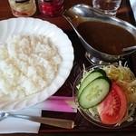 森のくまさん - ビーフカレーセット(サラダ+コーヒー又は紅茶付)