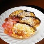 キャラン - 林檎のコンポートとフレンチトースト