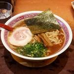 虎ジ - 醤油ラーメン(680円)+大盛(100円)